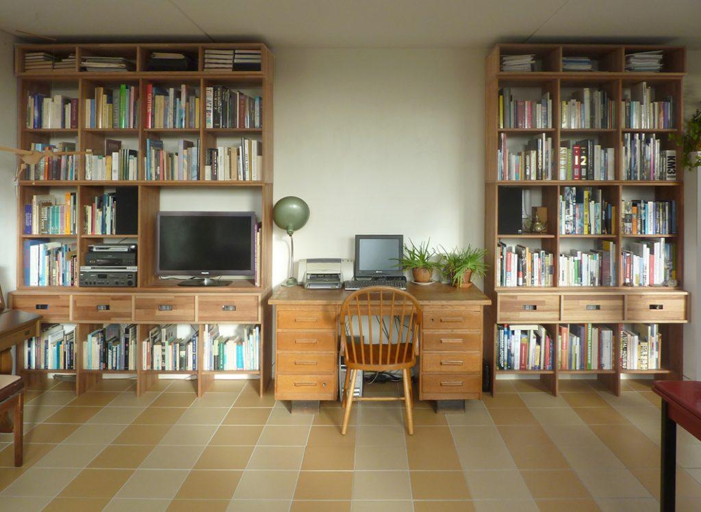 De GBBK - Grote boeken Boekenkast - Fu Factory